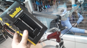 Замена грипсов руля велосипеда