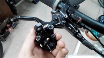 Прокачка гидравлического тормоза велосипеда