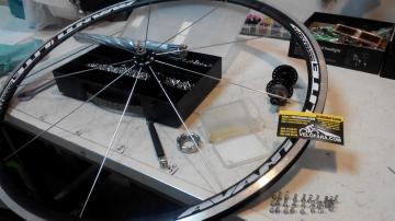 Спицовка колеса велосипеда